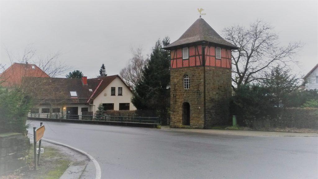 Glockenturm Meierberg und Dorfgemeinschaftshaus