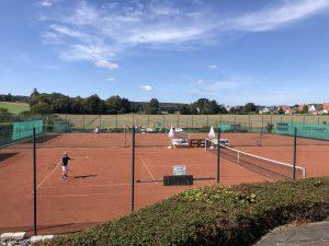 Tennisplatz Silixen